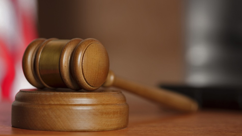 A court gavel.