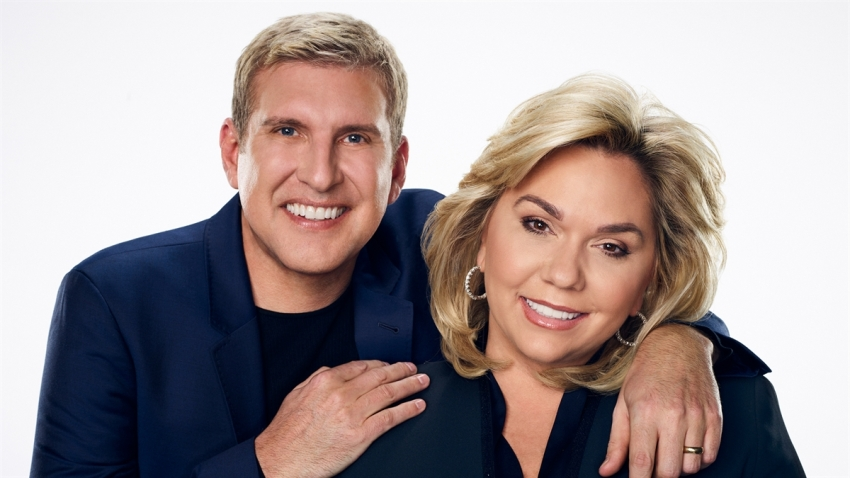190813_4004477_Todd_Chrisley_and_Wife_Julie_Facing_Up_to_30_1200x675_1586225219517.jpg