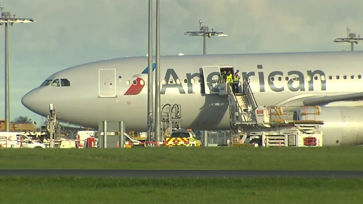 American Airlines Jet Bound For Philly Lands In Dublin