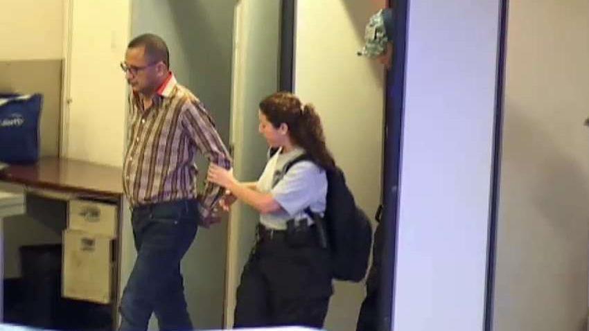 Federales_arrestan_al_senador_Abel_Nazario