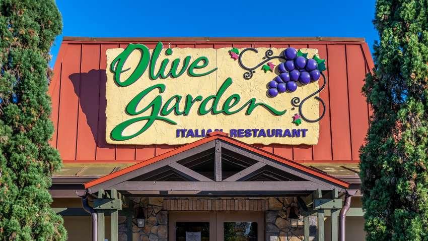 Olive Garden restaurant exterior