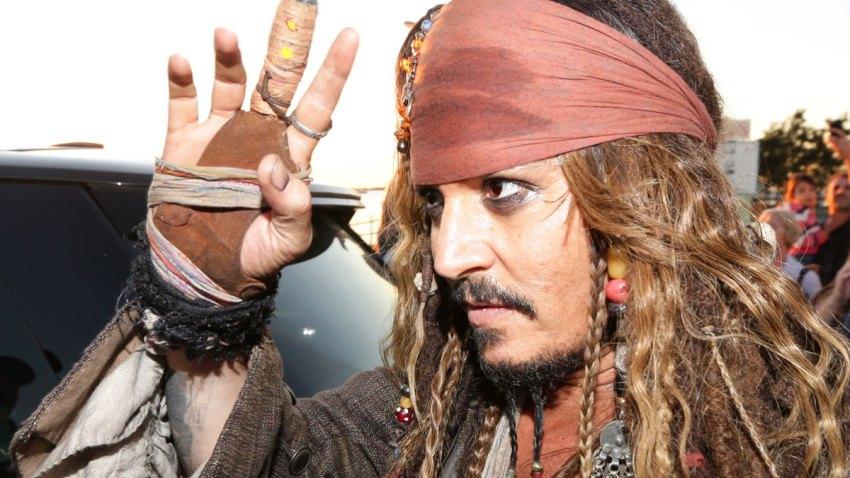 Johnny-Depp-Pirates-Caribbean-Australia
