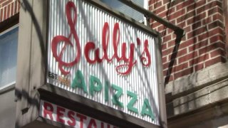 Sallys Apizza