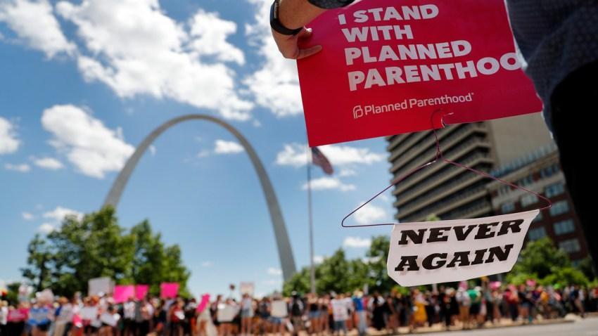 APTOPIX Abortion Missouri