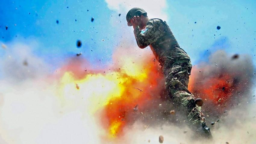 APTOPIX Combat Photographer Final Photo