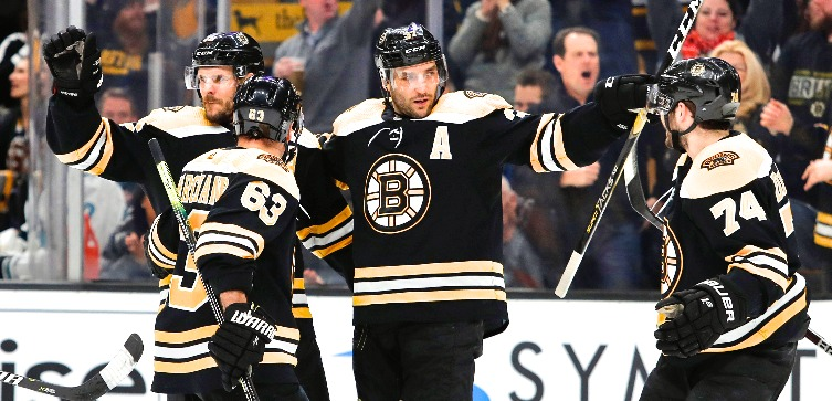 boston-bruins-bergeron-debrusk-celebrate-22719