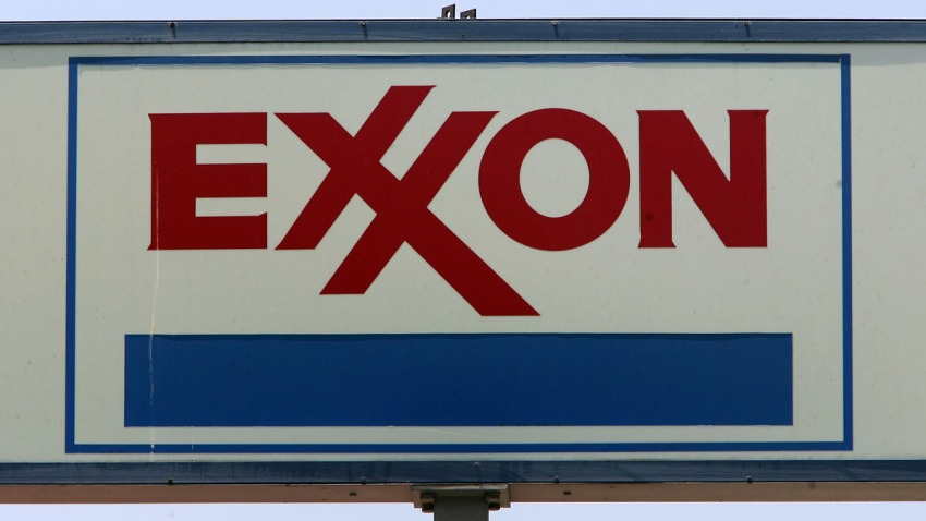 81554371DM005_Exxon_Plans_T