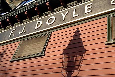 doyles-cafe-tight-outside900xx464-309-0-0