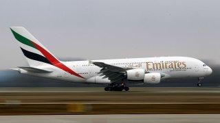 134145077AH003_Emirates_Lau