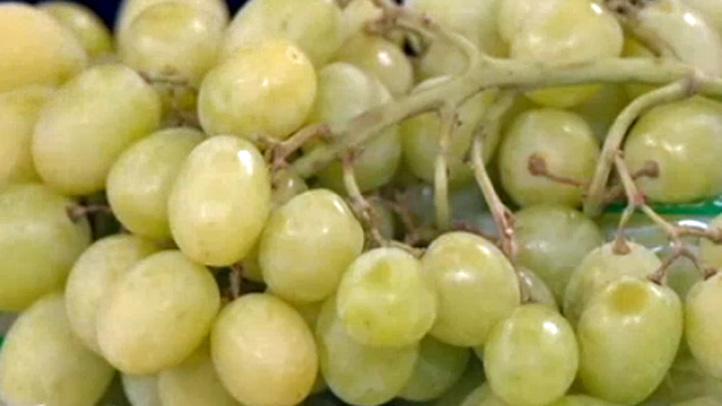 grapes produce pete