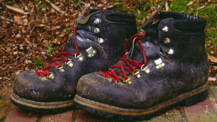 hiking boots generic