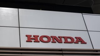 A logo of Honda is seen at the company's headquarters in Tokyo on May 12, 2020. - Honda declined to give an annual forecast and announced a 25.3 percent fall in net profit from the previous year.