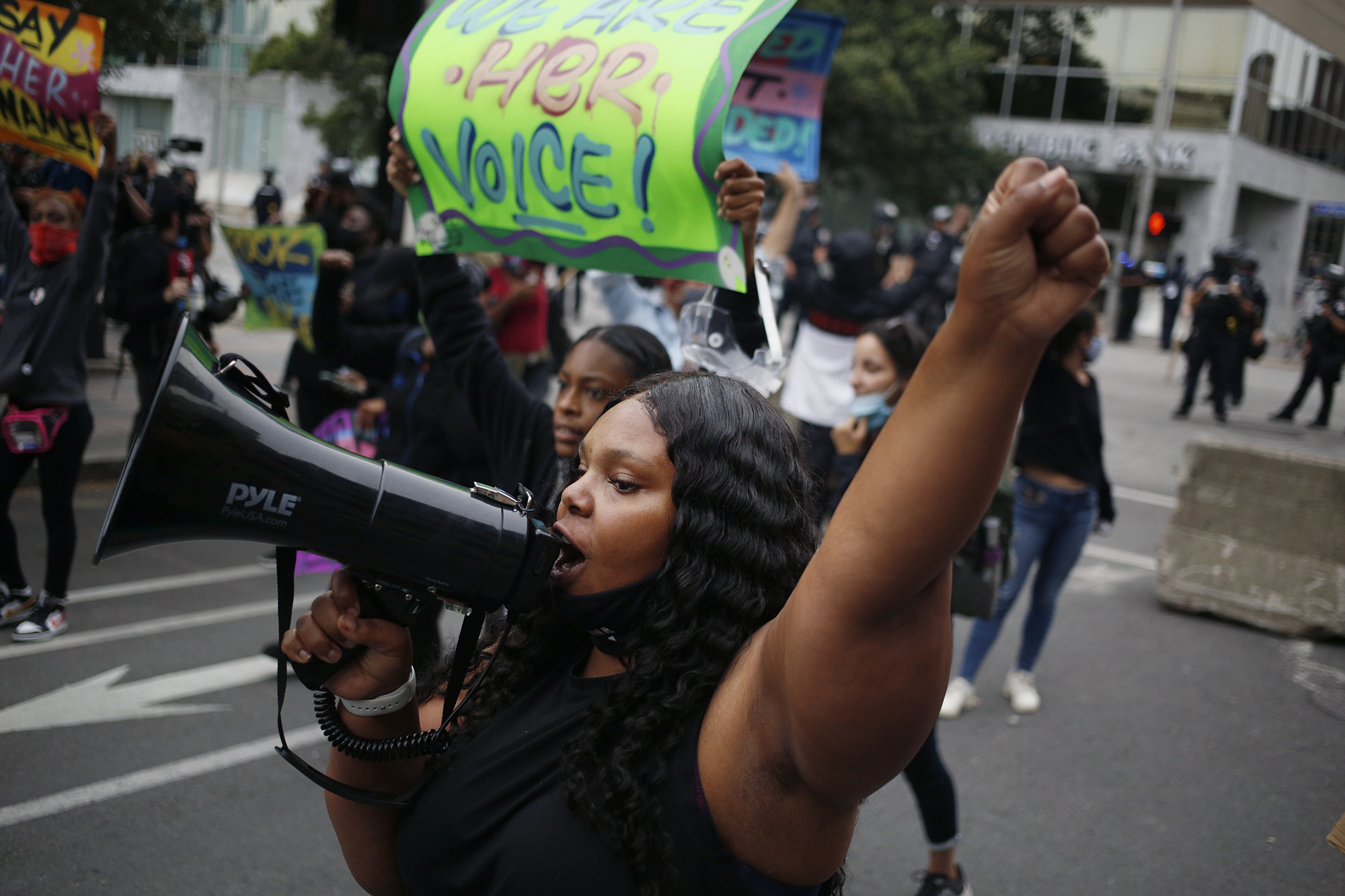 Photos Protesters Fill Streets Of Louisville Following Breonna Taylor Decision Nbc Boston