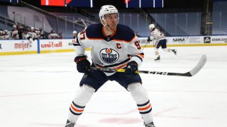 EDMONTON, ALBERTA - AUGUST 07: Connor McDavid #97 of the Edmonton Oilers skates in the first period of Game Four of the Western Conference Qualification Round against the Chicago Blackhawks at Rogers Place on August 07, 2020 in Edmonton, Alberta.