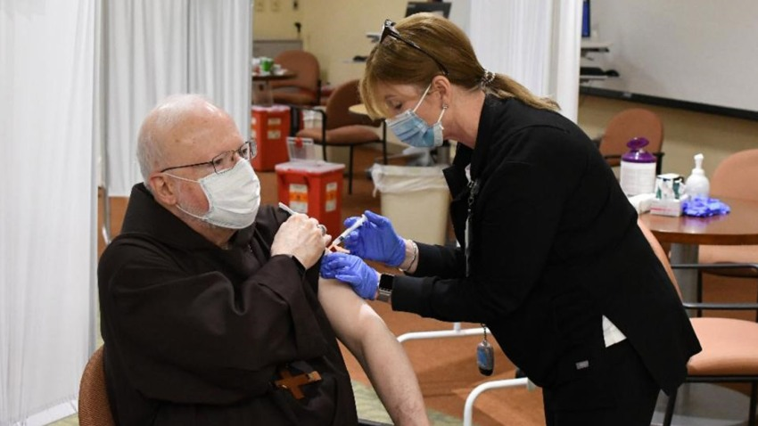 Cardinal OMalley Gets COVID Vaccine