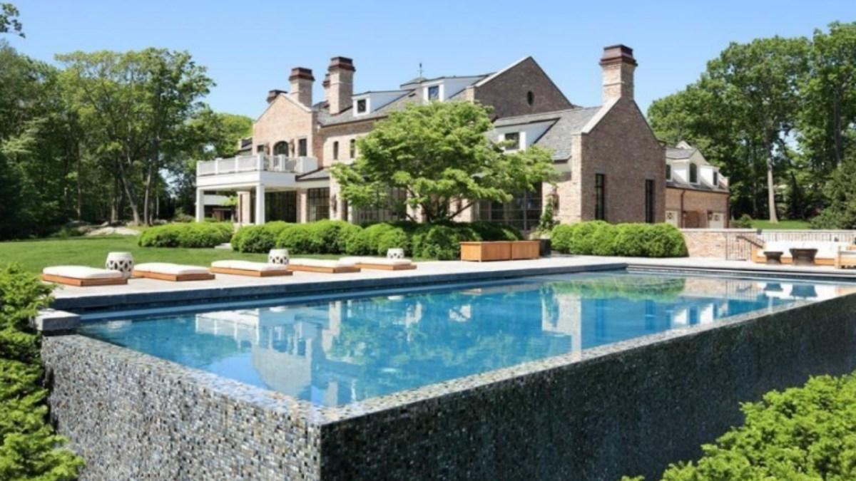 Tom Brady and Gisele Bündchen's Brookline Mansion is Back on the Market