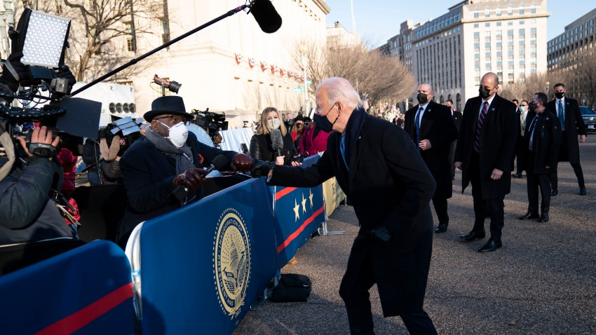 The Tradition Continues! Watch Al Share Fist Bump With President Biden  During Parade – NBC Boston