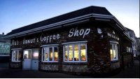 Mass. and Rhode Island Doughnut Shops Feud Over Name