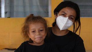 Asylum-seeker from Honduras, Carla Leiva and five-year-old daughter Zoe