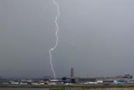 lightning002