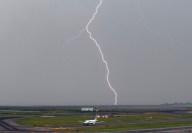 Lightning003