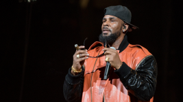 Former Intern Alleges R. Kelly Abused Her Starting at 16