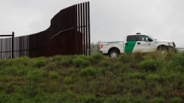 Pentagon, Border Wall Covered in $788B House Spending Bill