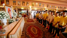 Rescued Thai Soccer Team Prays for Fortune at Temple