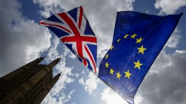 UK, EU Reach Brexit Deal, With Parliament as Next Hurdle