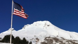 911 Calls About Oregon Climbing Death Reveal Terror, Heroism