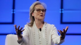 Meryl Streep Calls Out Harvey Weinstein at Women's Conference
