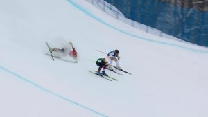 Watch Defending Champ's Shocking Ski Cross Wipeout