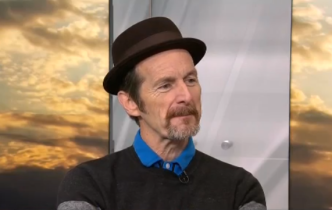 Catching Up with Denis O'Hare