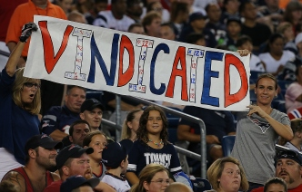 Pats Fall to Giants After Brady Wins