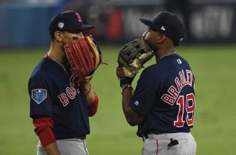Red Sox Get 3 Gold Glove Winners