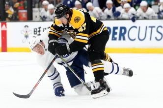 Bruins Blow Out Leafs, 6-3, to Snap 3-Game Skid
