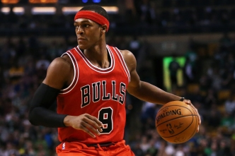 Rondo Breaks Thumb, Ruled Out for Game 3 vs. Celtics