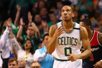 Celts Deal Bradley to Pistons, Clear Way for Hayward