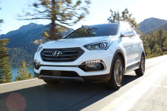 Hyundai Shows Strong Growth in Plug-In Car Market