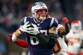 Columnist: Gronk is 'Toast' And Won't Return to Pats in 2019