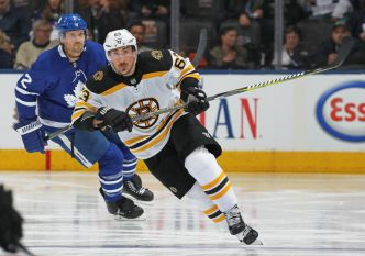 Bruins Win Ugly Game 4, Lead Maple Leafs 3-1 in Series
