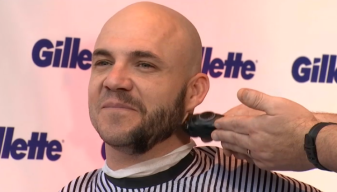 Steve Pearce Gets Clean Shaven for Charity