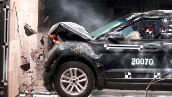 Ford, Jeep Midsize SUVs Receive 'Poor' Rating in Crash Tests