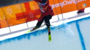 Kevin Rolland Takes Terrifying Spill in Men's Halfpipe