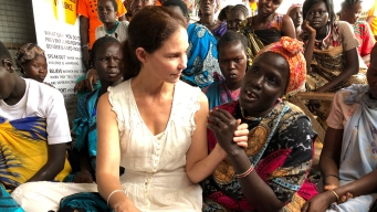 Actress Ashley Judd Brings Spirit of #MeToo to South Sudan