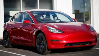 Tesla Files Automatic Turn Signals Patent