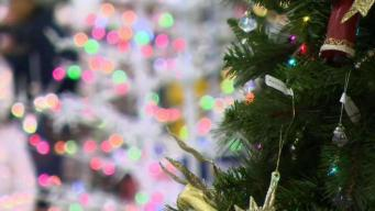 Safety Tips You Need to Know About Holiday Lights