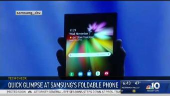 Samsung Previews New Foldable Phone