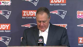 WATCH: Belichick Jokes With Media About His Postgame Tie