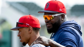 Why David Ortiz Would Join Cora, Red Sox Players in White House Boycott